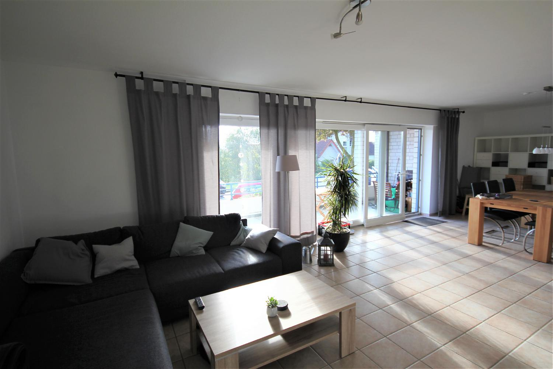 sch ne erdgeschosswohnung in bester lage von oerlinghausen. Black Bedroom Furniture Sets. Home Design Ideas