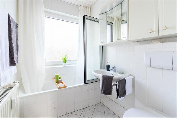 kaufimmobilien in bielefeld und umgebung. Black Bedroom Furniture Sets. Home Design Ideas