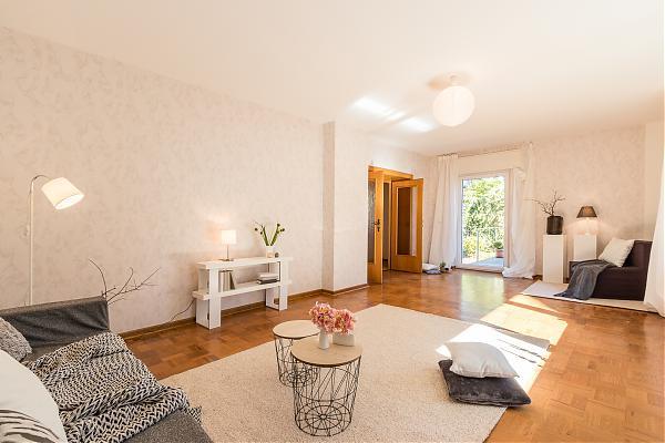 Wohnzimmer EG 3