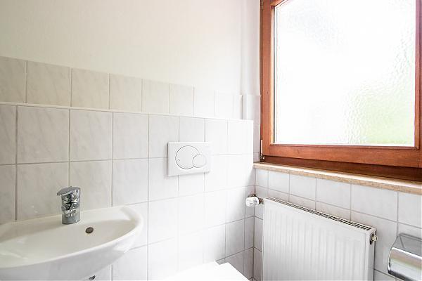 EG rechts Gäste WC